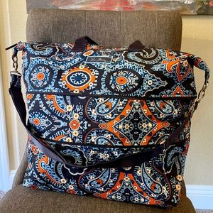 NWOT Vera Bradley Lighten Up Expandable Travel Bag